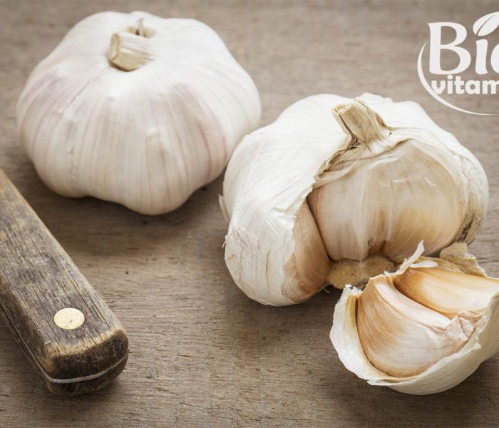 Cum reduci colesterolul ridicat mâncând usturoi