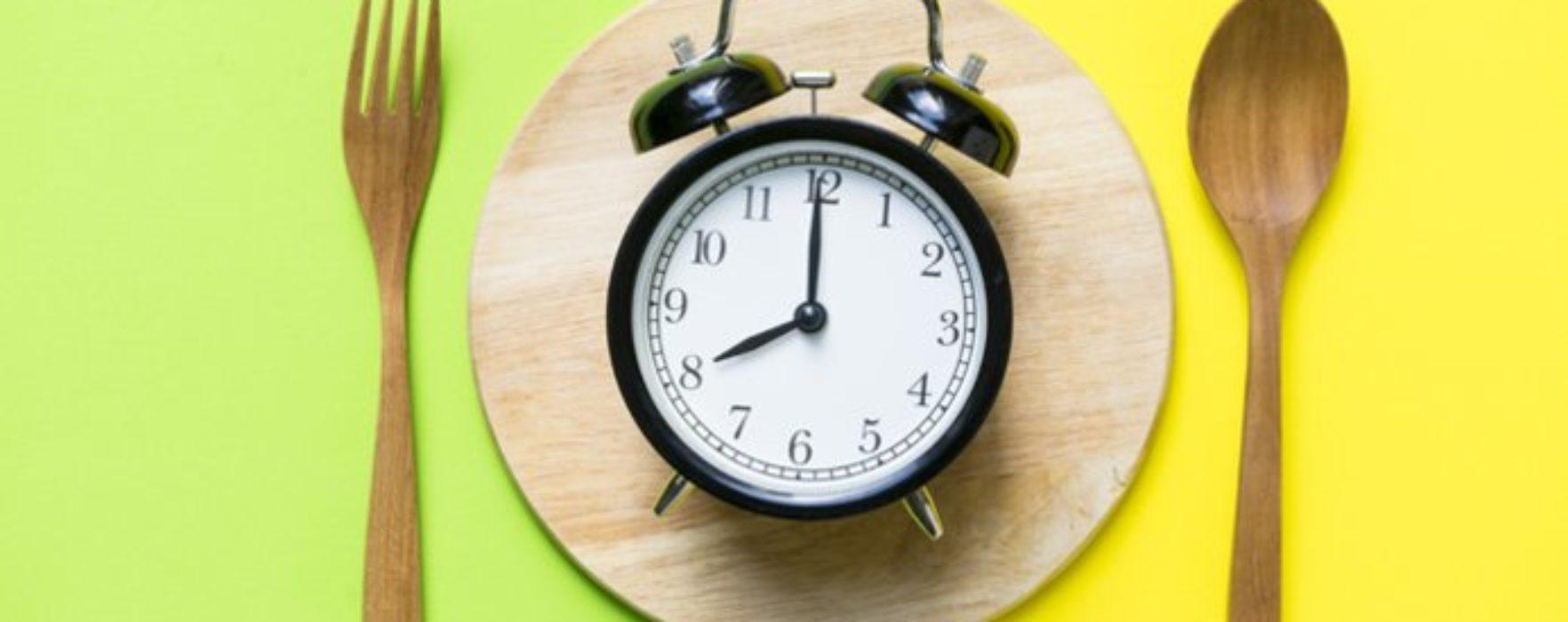 De câte ori trebuie să mâncăm pe zi?