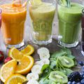 Şase smoothie-uri sănătoase pentru micul dejun