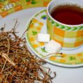 Ceai de cozi de cireşe – bun pentru funcţionarea aparatului urinar, dar mai are şi multe alte beneficii